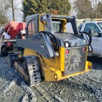 Used Deere 323 skid steer loader for sale in BC