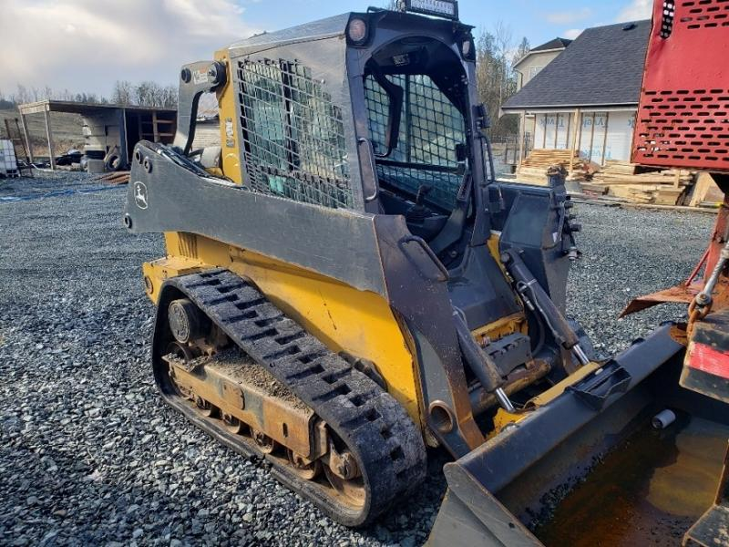 Used Deere track loaders for sale in British Columbia