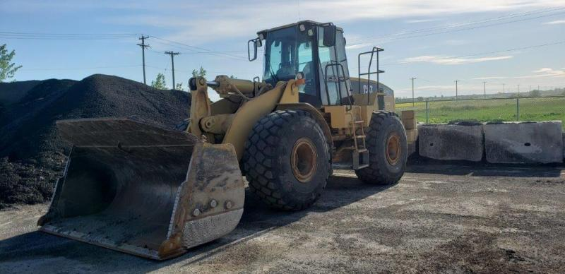 Used 972G loader for sale in Winnipeg, MB
