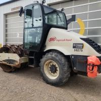 66 inch ride on padfoot compactor for rent in Saskatchewan