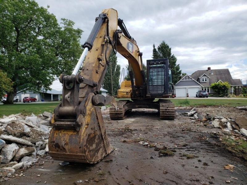Used Cat 324D excavator for sale in BC