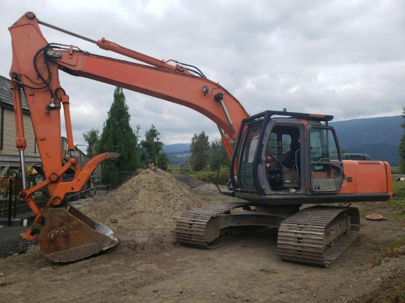 Used Hitachi ZX200 excavator for sale