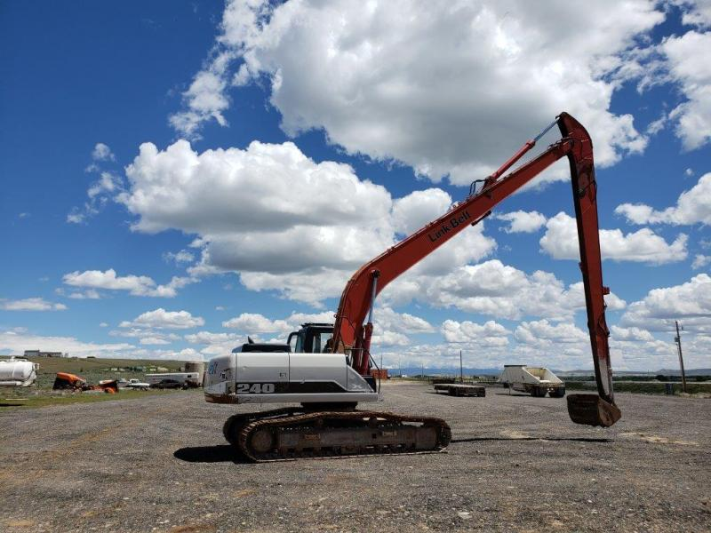 Used Link Belt 240 size excavator for sale in ND