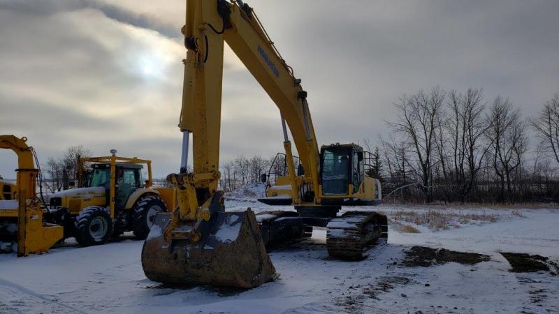 Used PC400 excavator for sale in SK