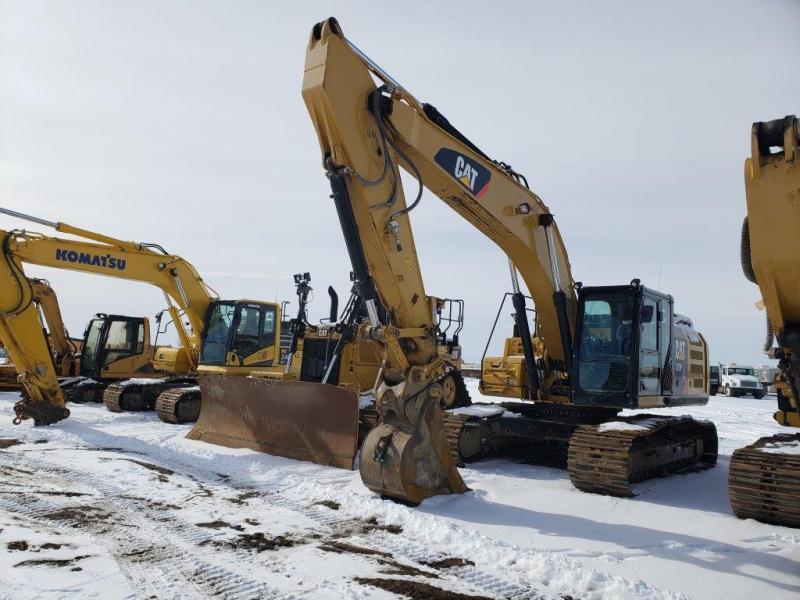 Used Cat 329FL excavator for sale in North Dakota