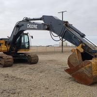 Used 29 ton excavators for sale