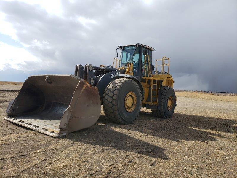 Deere 844J wheel loader for sale in ND