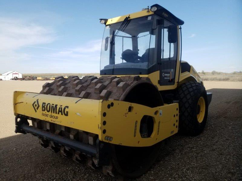 soil compactor ride on rentals in SK
