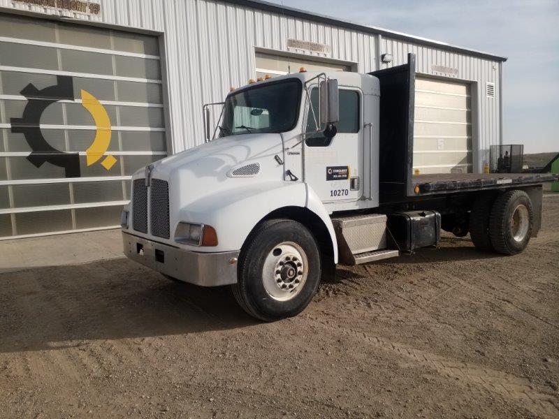 Used flatdeck semi truck for sale
