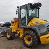 used 1.2 yard bucket loader for sale in North Dakota, Sask
