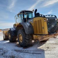 Used Deere 844J loaders for sale in North Dakota