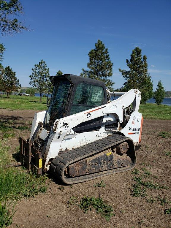 Used Bobcat T750 for sale in Newtown, ND