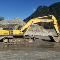 Used 30 ton excavators for sale in Surrey, BC