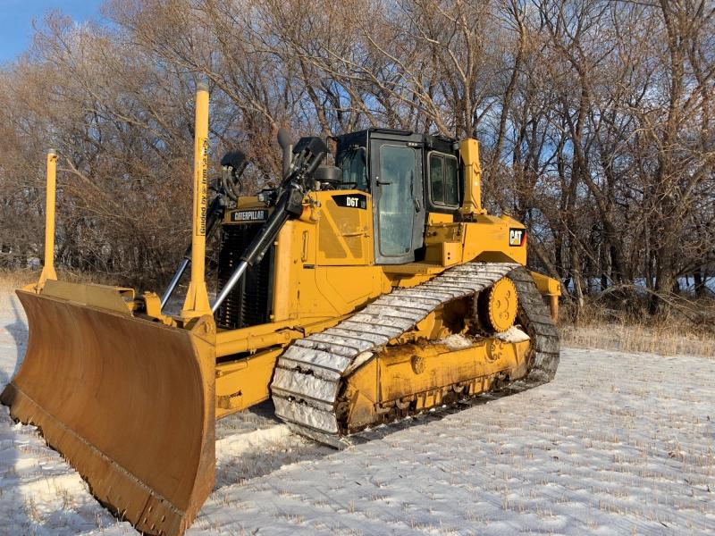 Used Cat D6T LGP VP dozers for sale in Manitoba